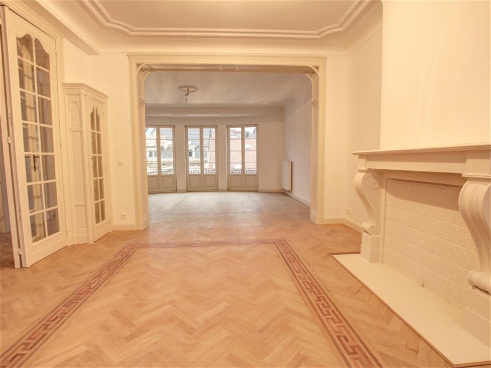 Appartement - Saint-Gilles - #4249488-2
