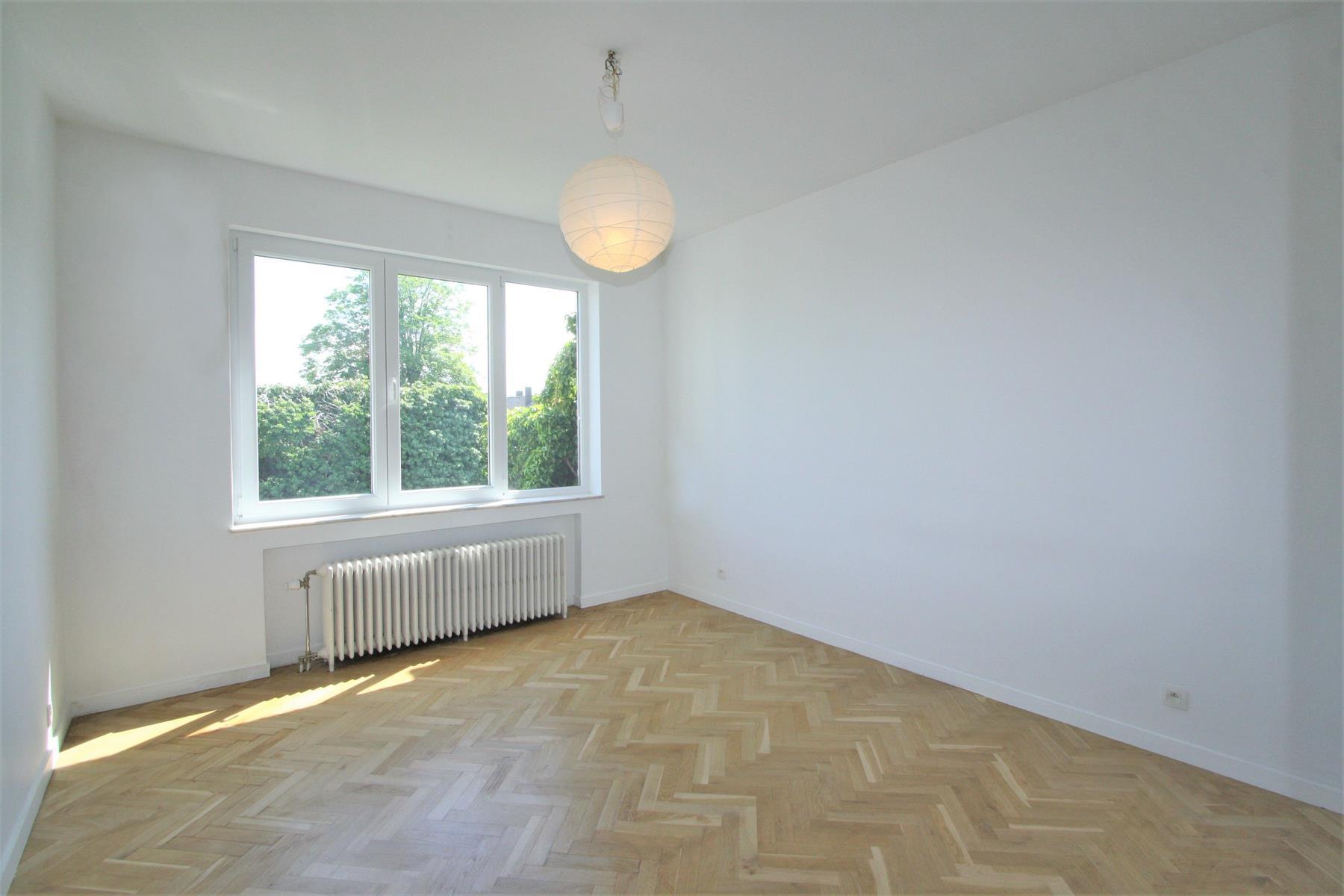 Appartement - Ixelles - #4370123-9