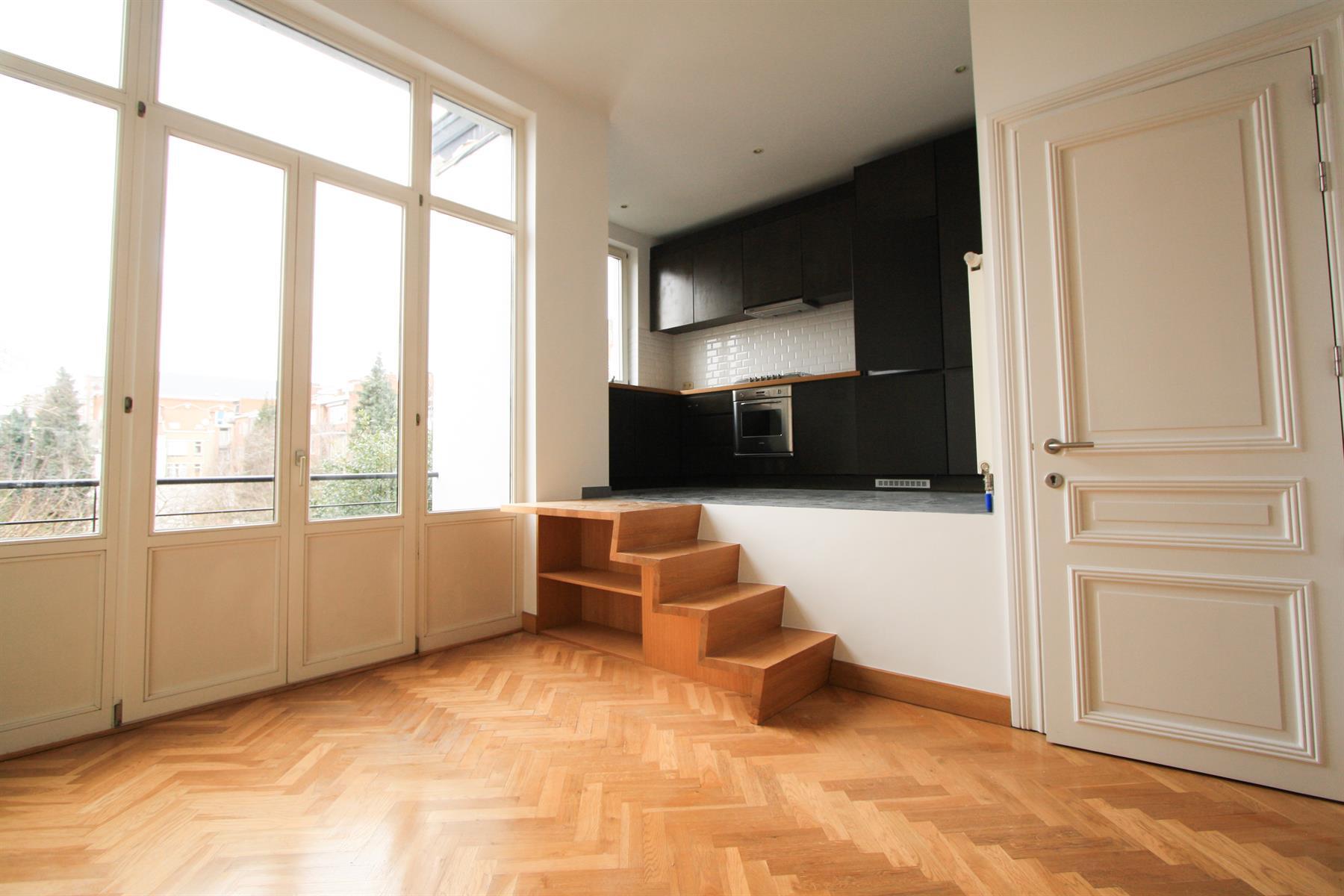 Appartement - Etterbeek - #4448025-4