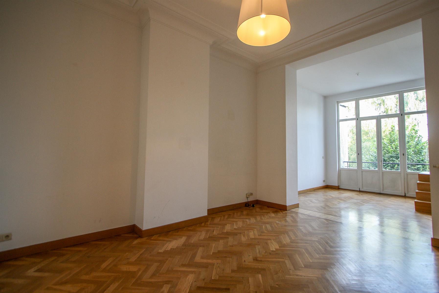 Appartement - Etterbeek - #4448025-2