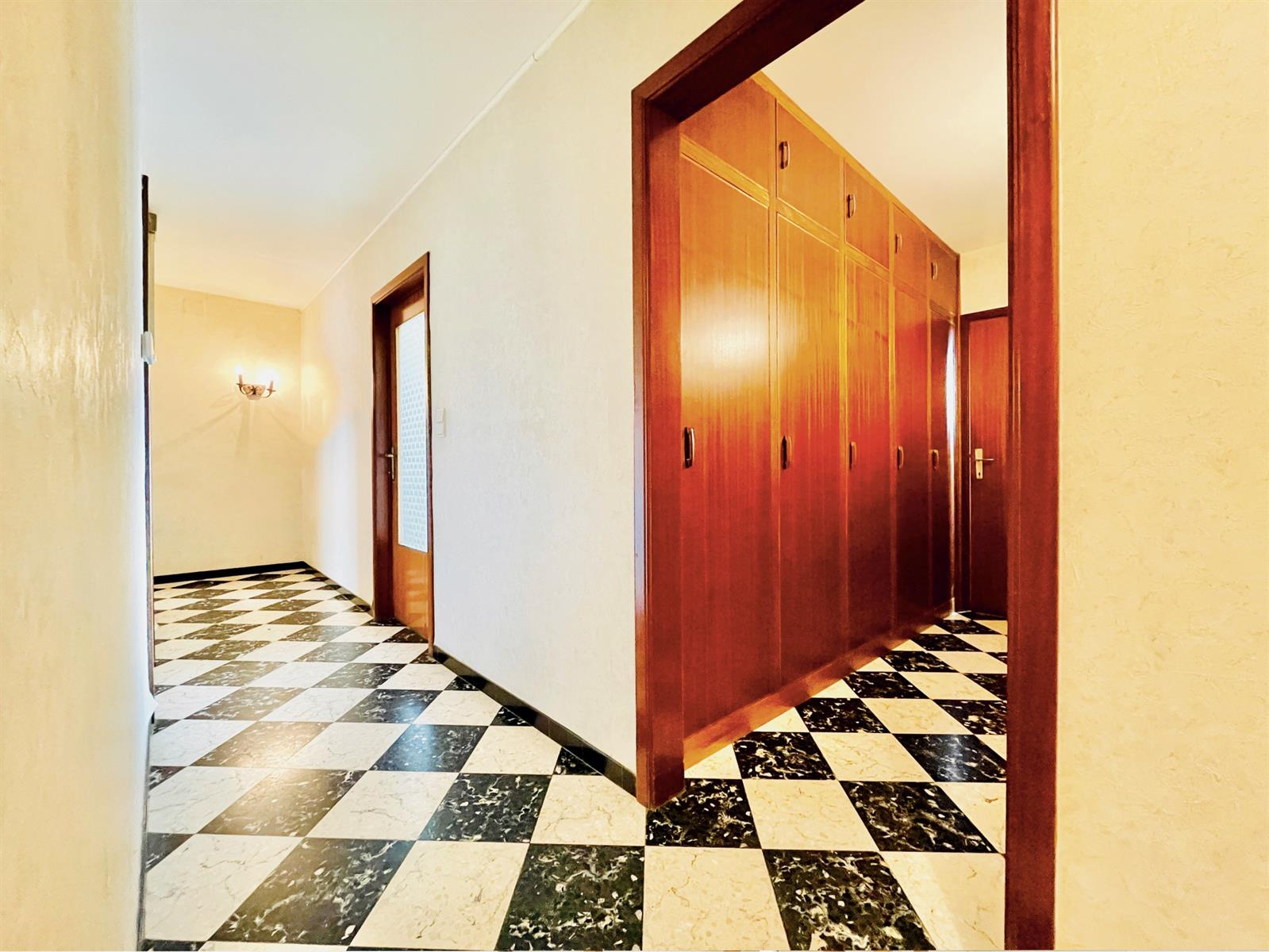 Maison - Rochefort - #4403214-17