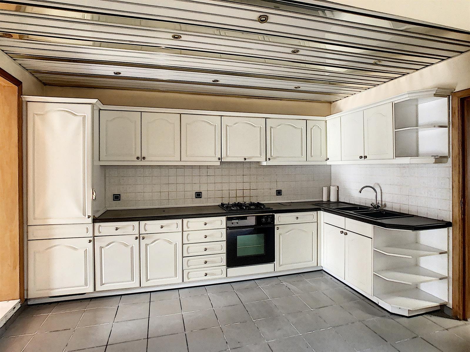 Maison - Charleroi-Marchienne-au-Pont - #4137660-4
