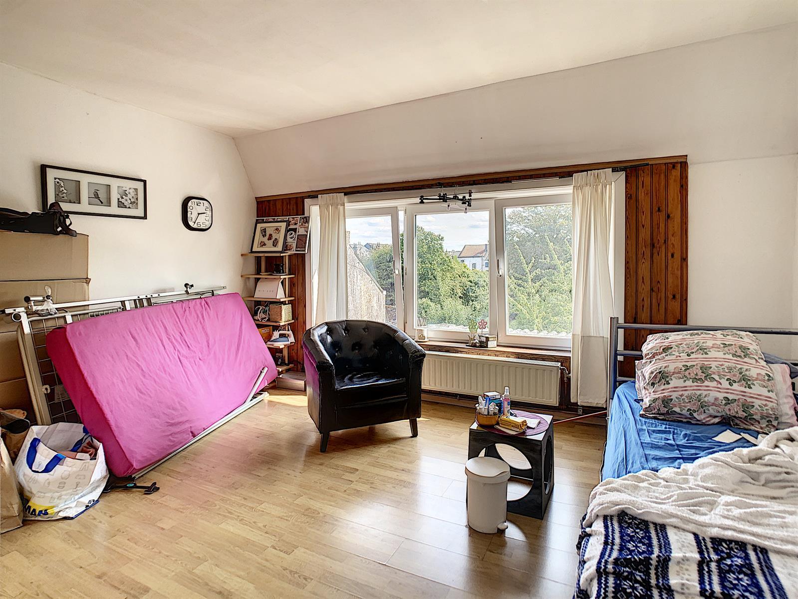 Immeuble à appartements - Charleroi Marcinelle - #4148074-9