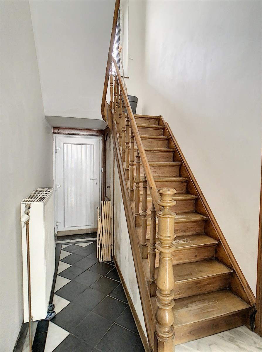 Maison - Charleroi Montsur-Marchienne - #4186318-6