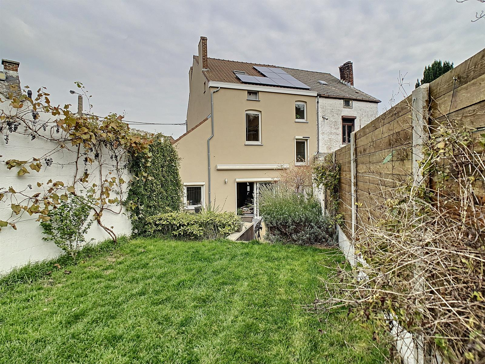 Maison - Charleroi Montsur-Marchienne - #4186318-18