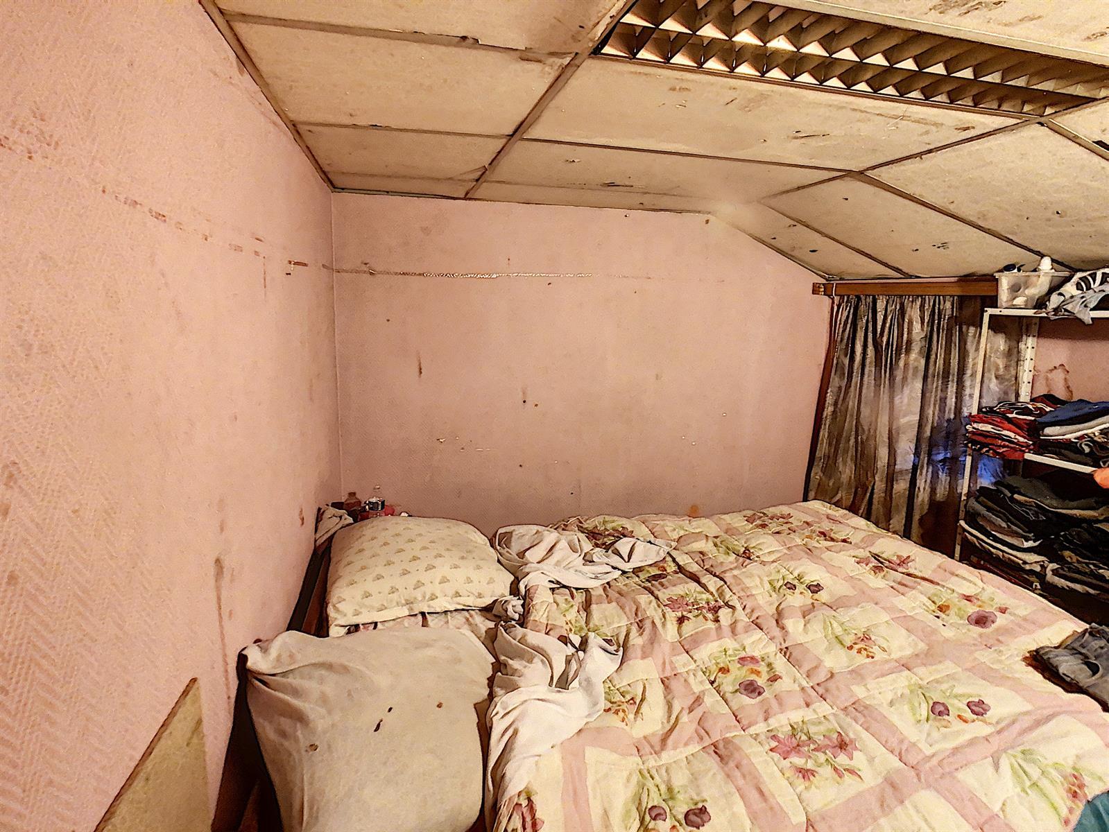 Immeuble à appartements - Charleroi-Marchienne-au-Pont - #4198385-9