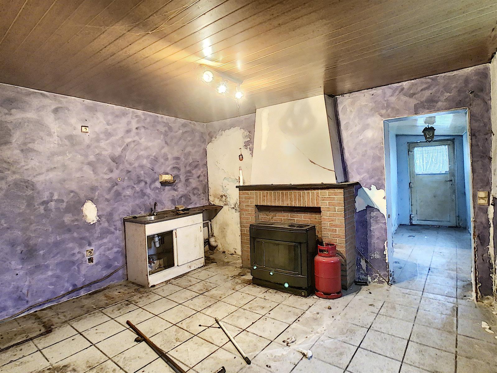 Immeuble à appartements - Charleroi-Marchienne-au-Pont - #4198385-4