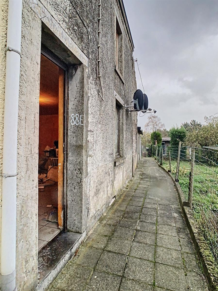 Immeuble à appartements - Charleroi-Marchienne-au-Pont - #4198385-3