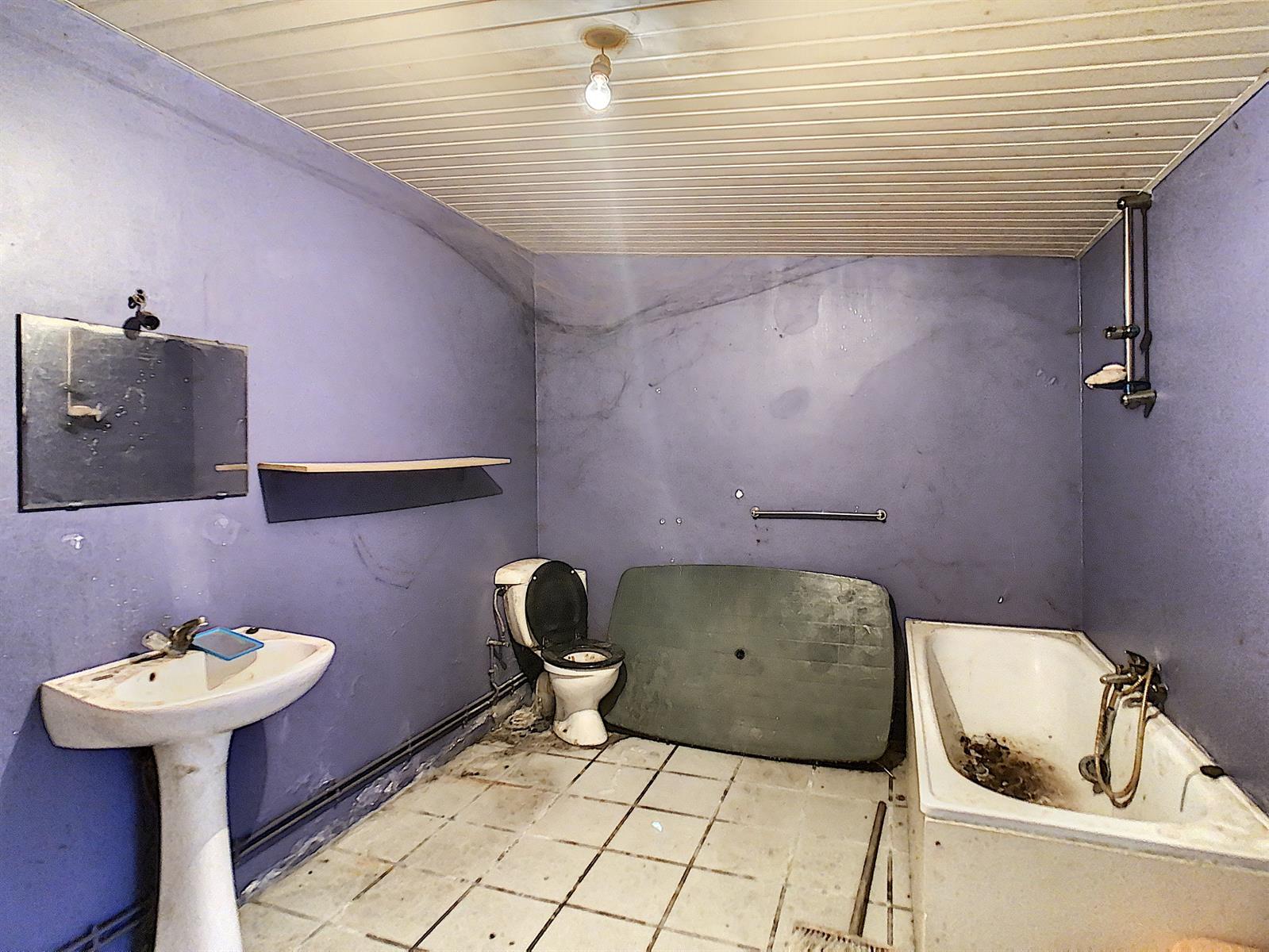 Immeuble à appartements - Charleroi-Marchienne-au-Pont - #4198385-5