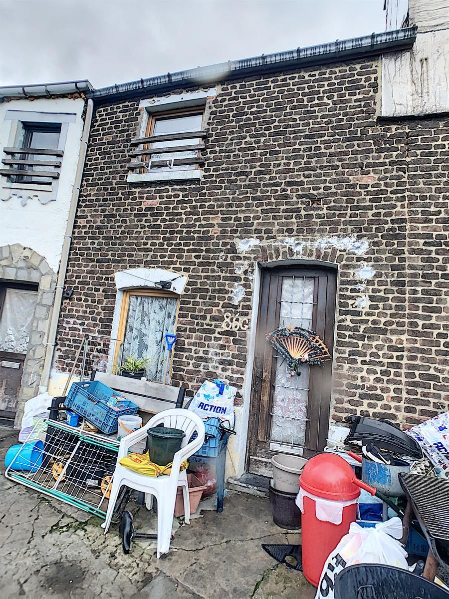 Immeuble à appartements - Charleroi-Marchienne-au-Pont - #4198385-2