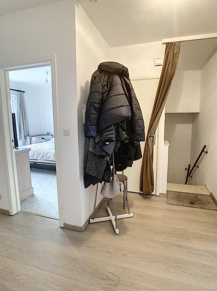 Appartement - Charleroi-Marchienne-au-Pont - #4240034-2