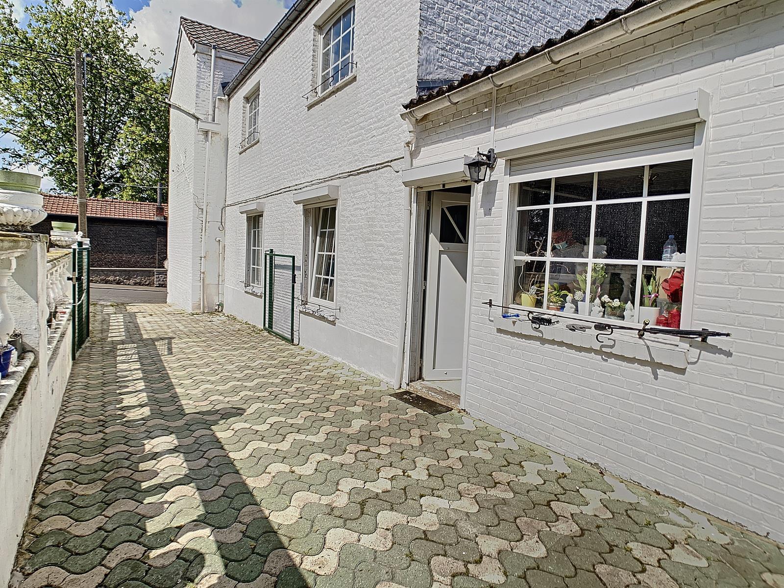 Maison - Charleroi-Marchienne-au-Pont - #4357992-0