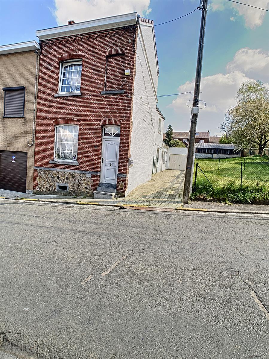 Maison - Charleroi-Marchienne-au-Pont - #4357992-1