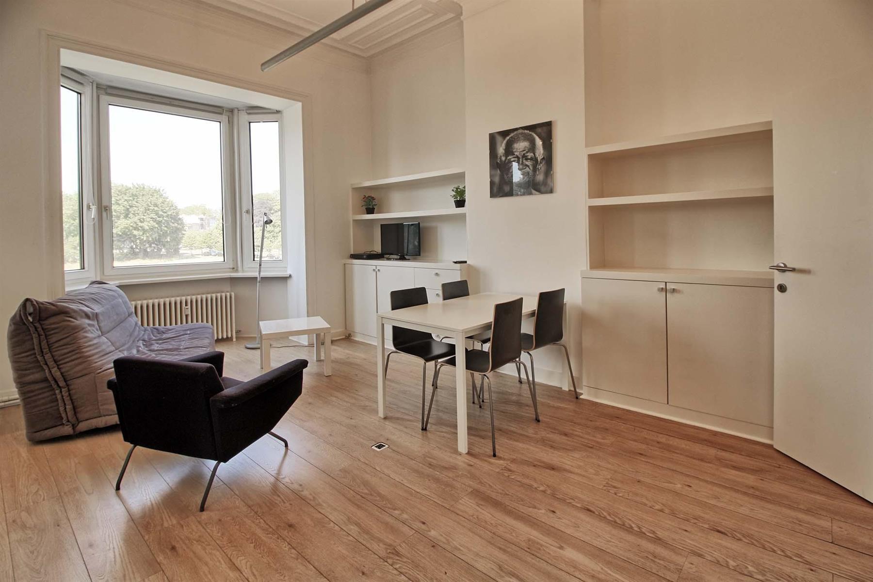 Appartement - Schaerbeek - #4245731-0