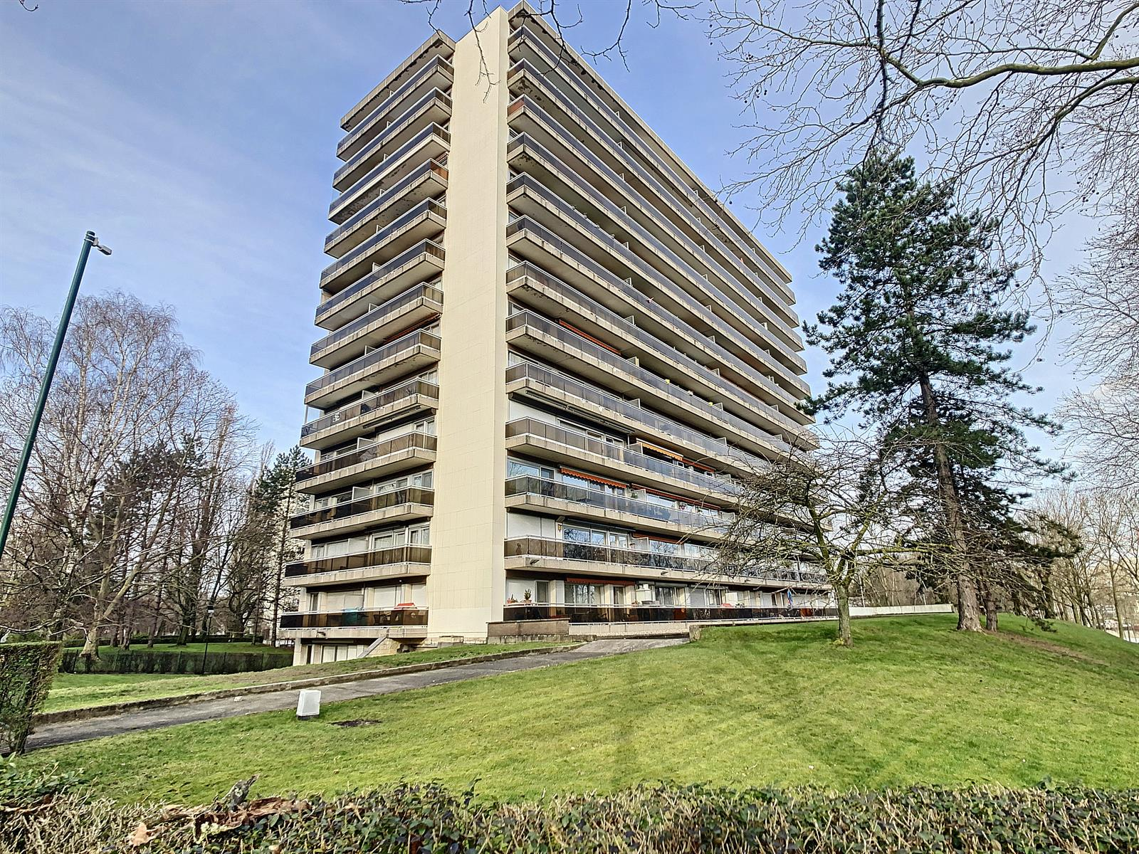 Flat - Anderlecht - #4258890-0