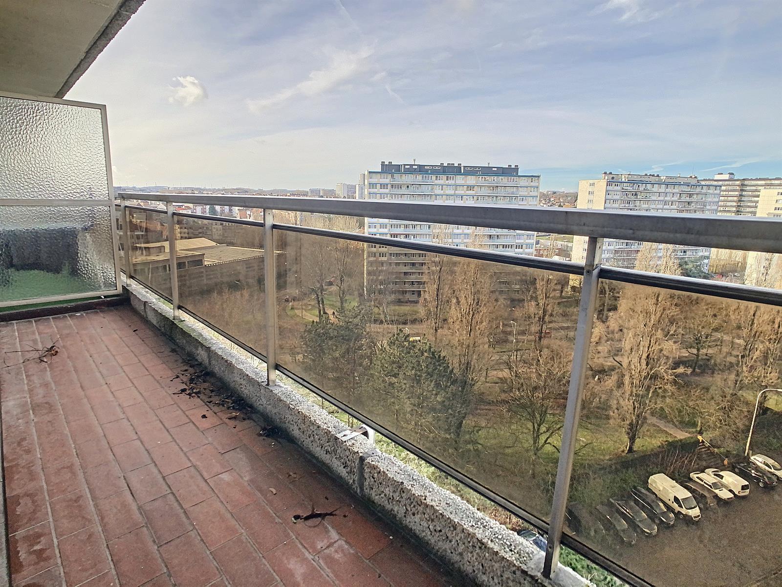 Flat - Anderlecht - #4258890-3