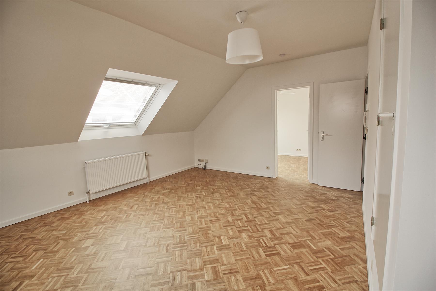 Flat - Etterbeek - #4277250-2