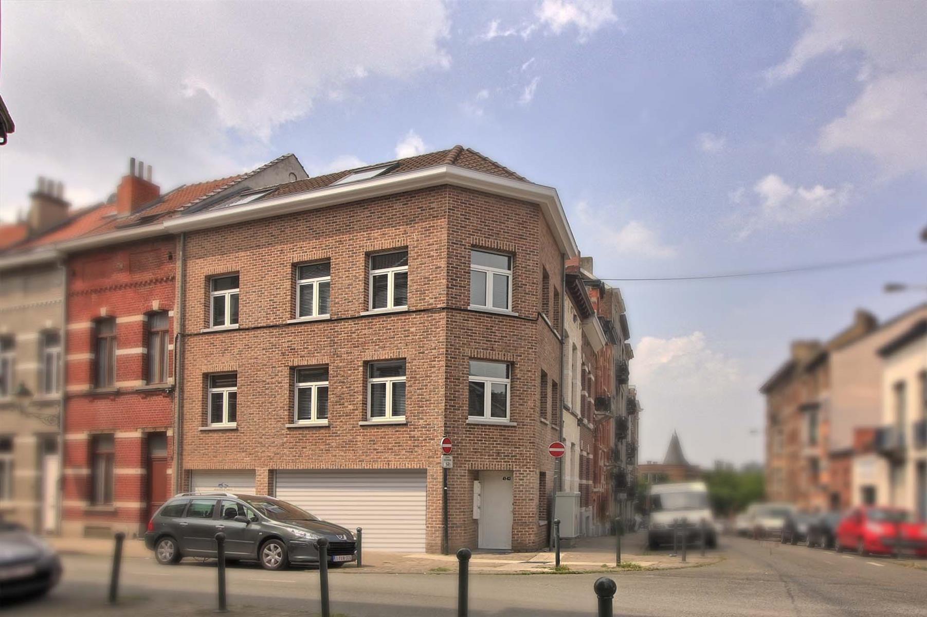 Flat - Etterbeek - #4277250-0