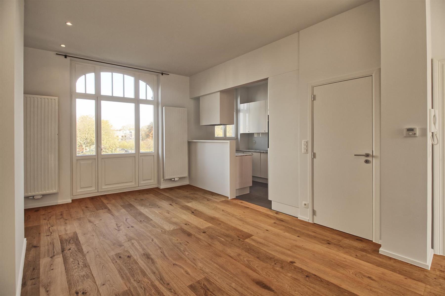 Appartement - Schaerbeek - #4289658-1