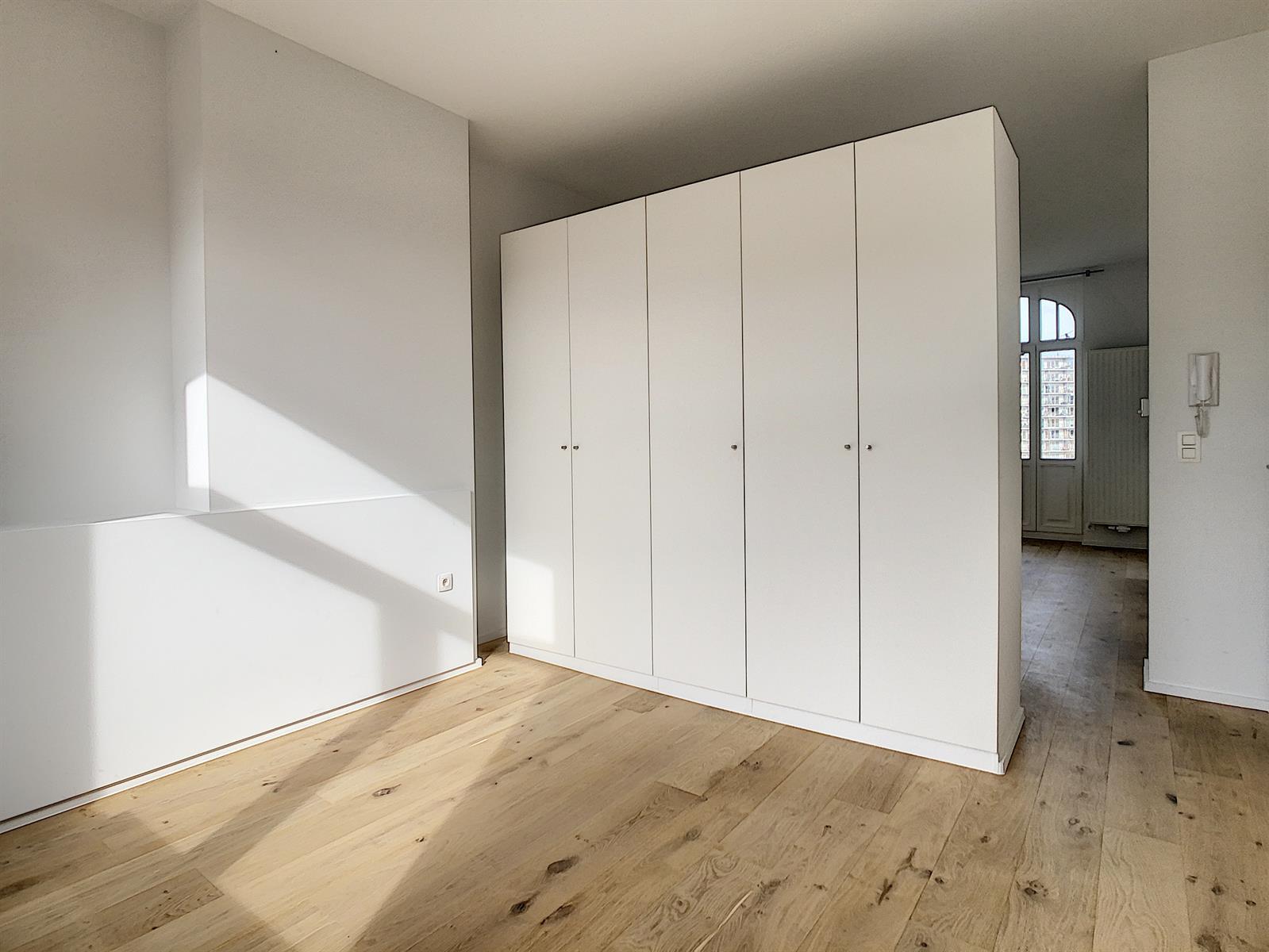 Appartement - Schaerbeek - #4289658-8
