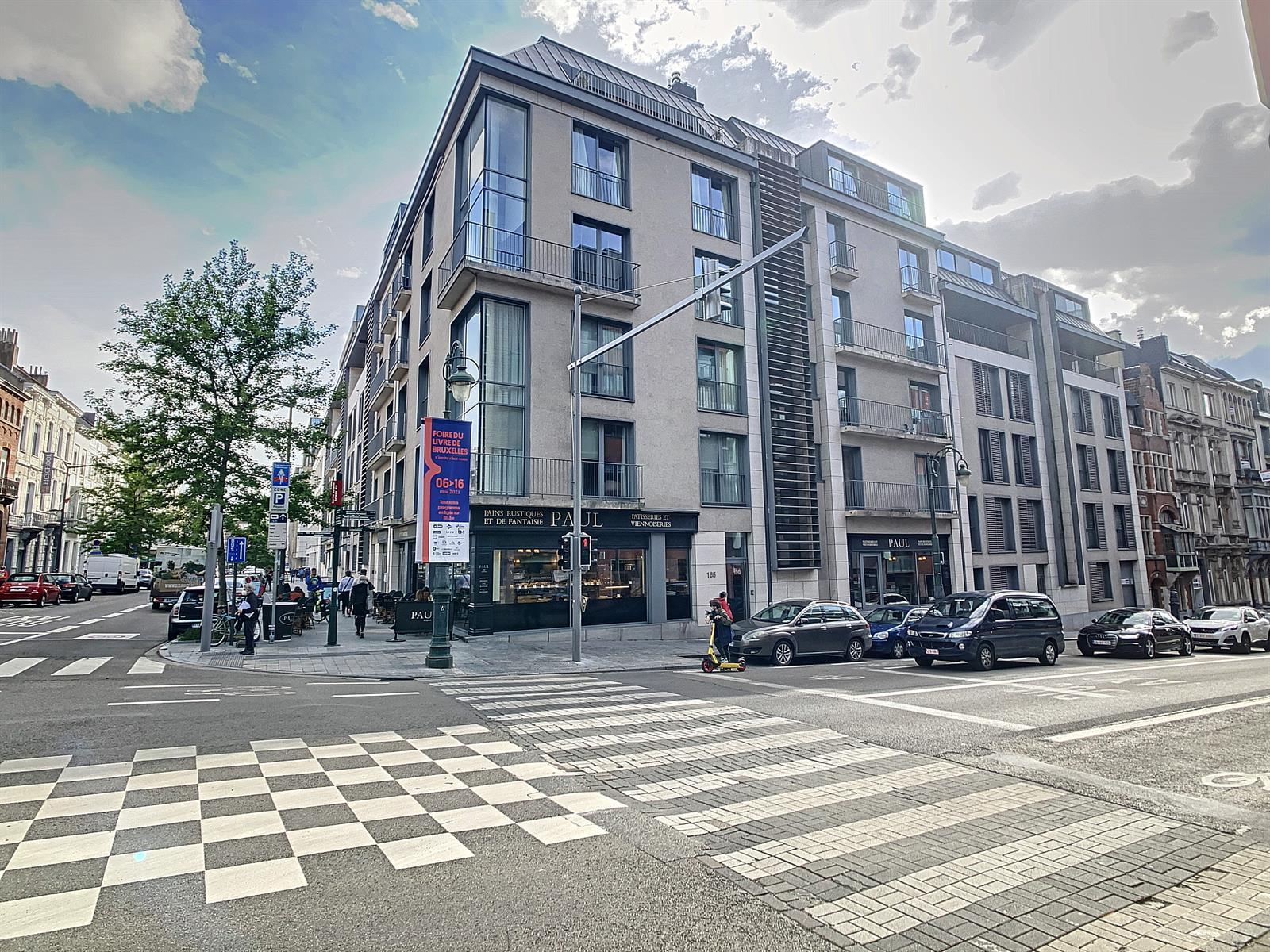 Appartement - Etterbeek - #4355277-0