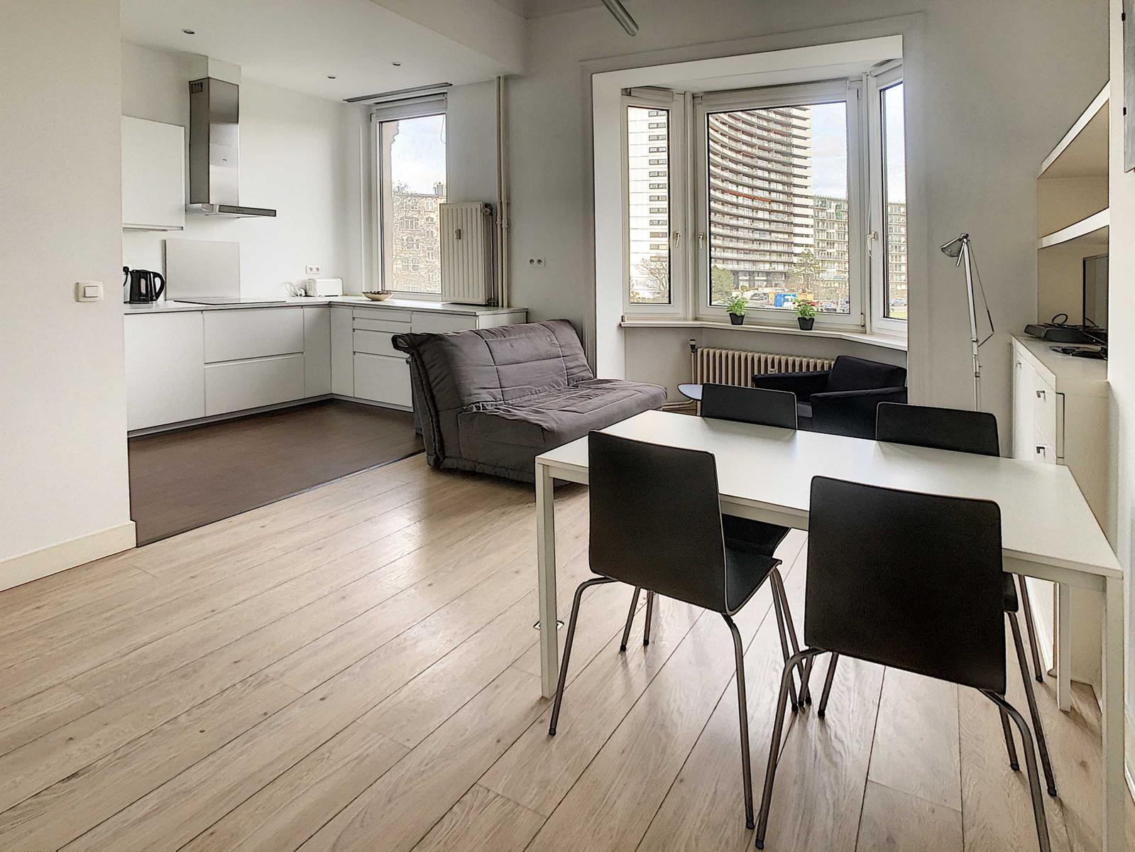 Appartementsgebouw - Schaerbeek - #4418768-6