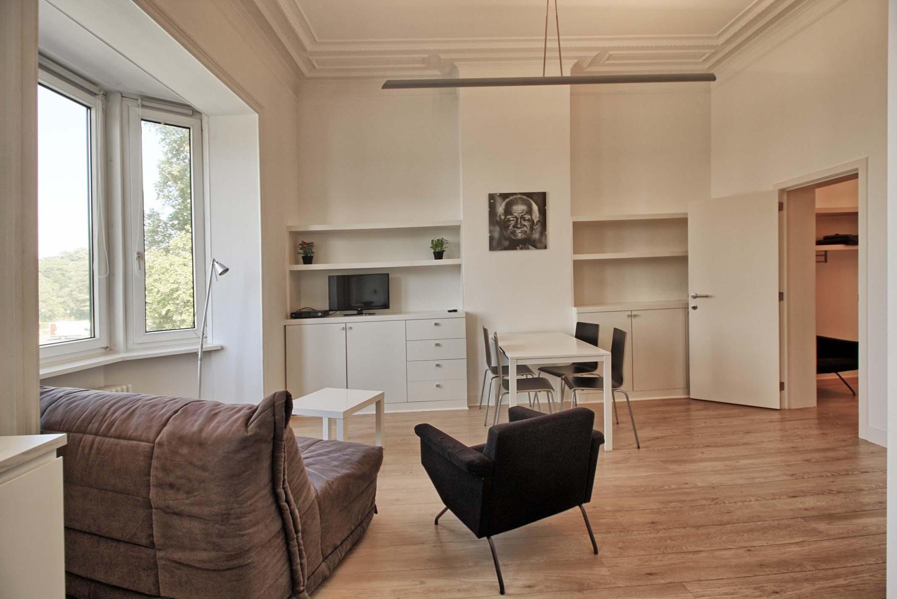 Appartementsgebouw - Schaerbeek - #4418768-4
