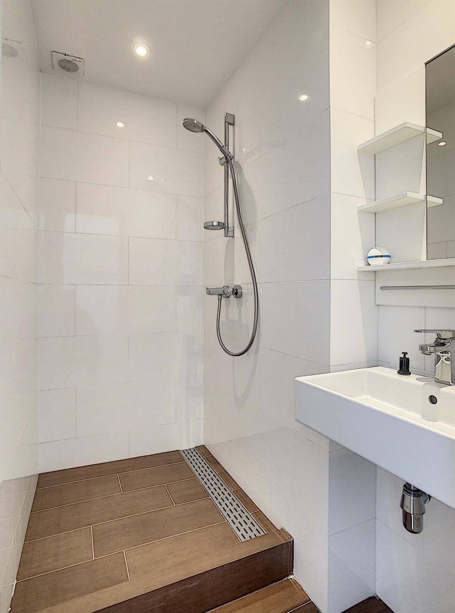Appartementsgebouw - Schaerbeek - #4418768-8