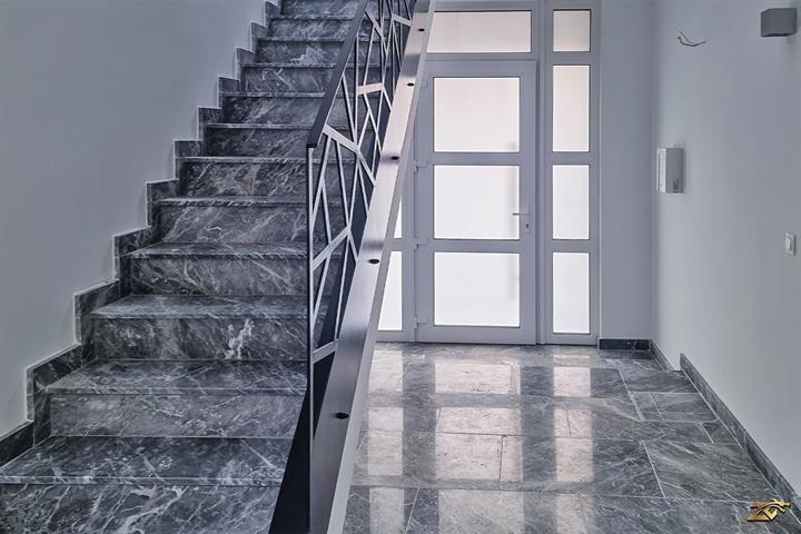 AV Monceau magnifique appartement au 1er étage