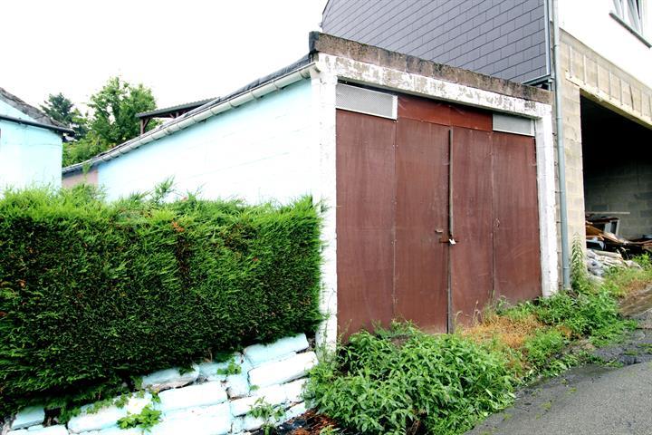Garage ou  entrepôt