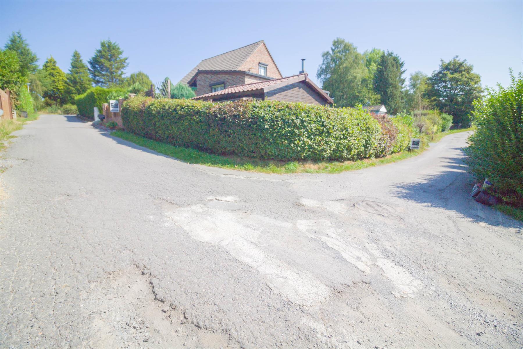 Villa - Froidchapelle - #3829019-29