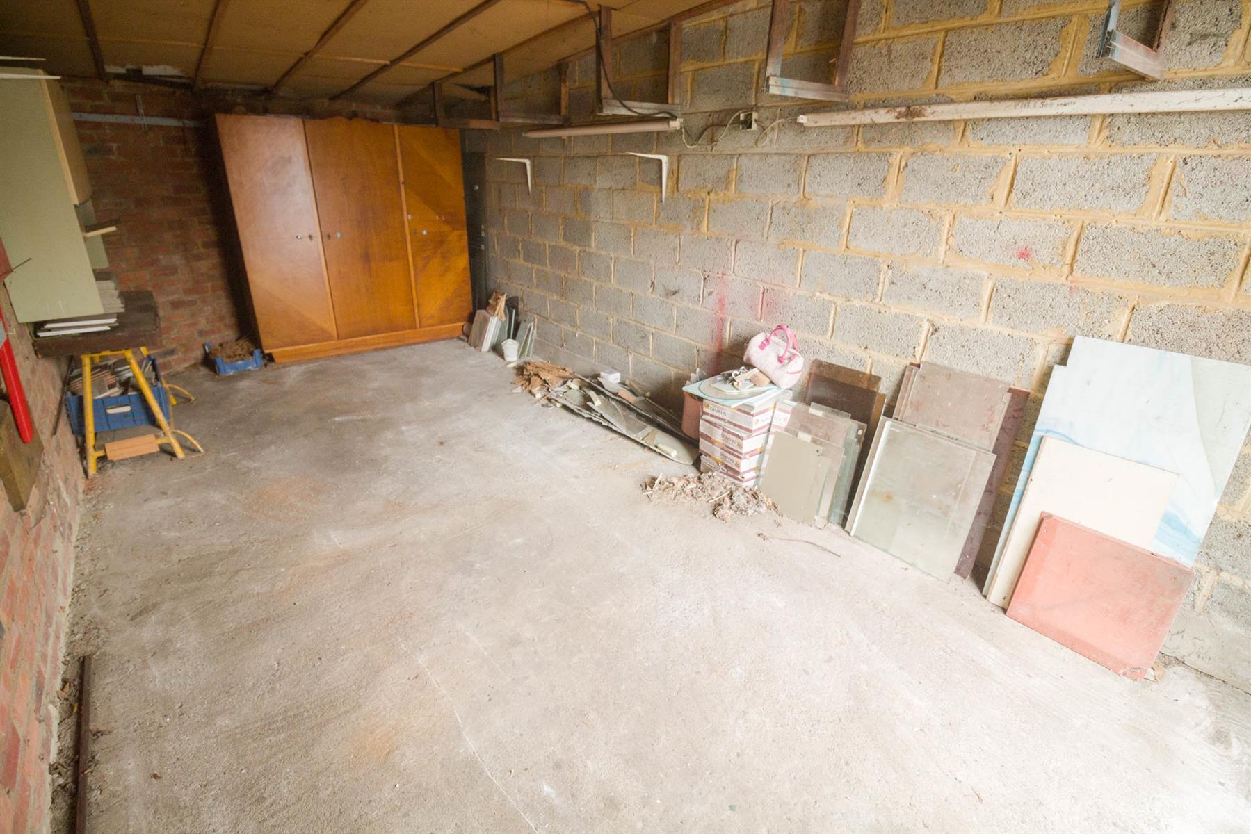 Garage (ferme) - Gosselies - #4027218-4