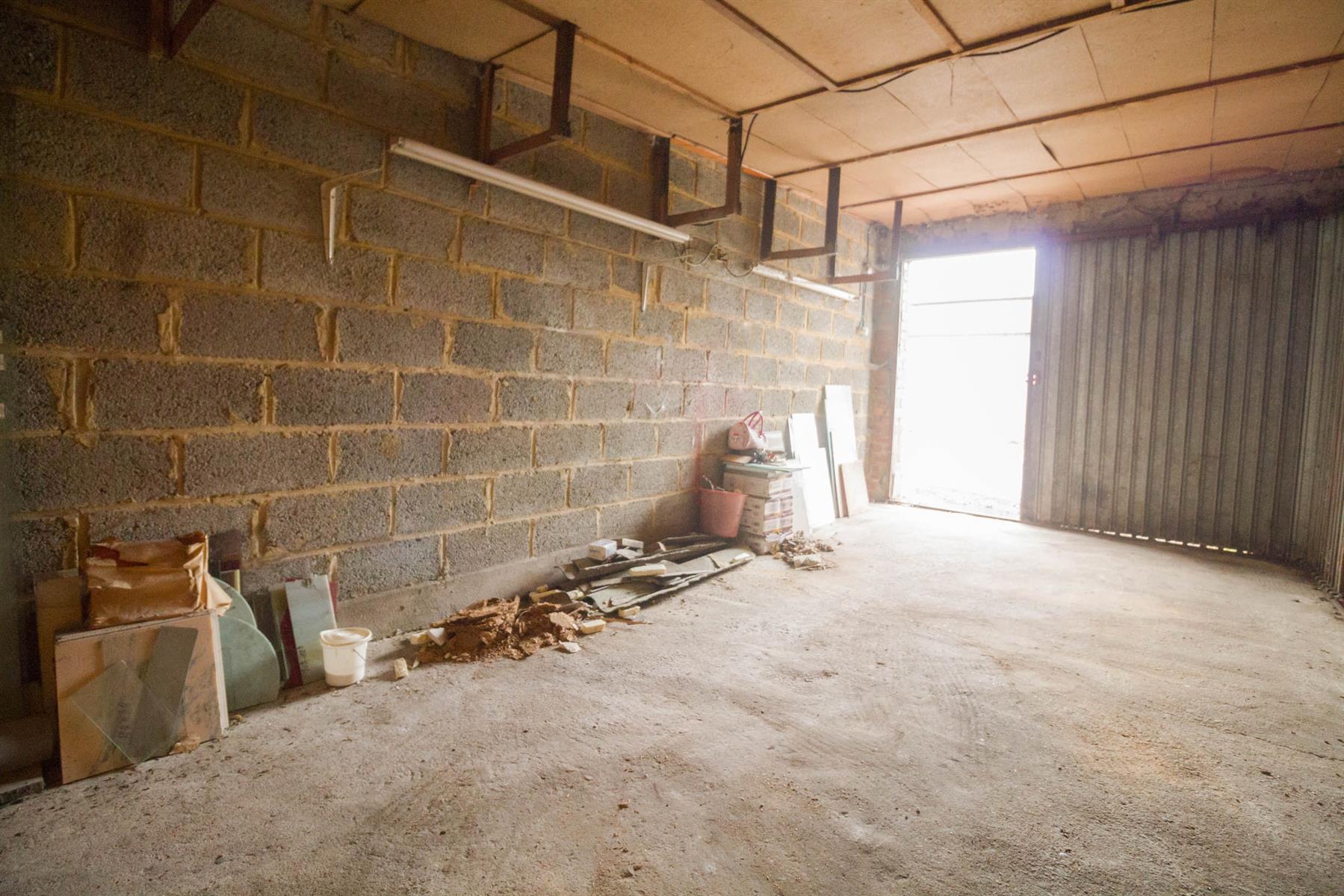Garage (ferme) - Gosselies - #4027218-3