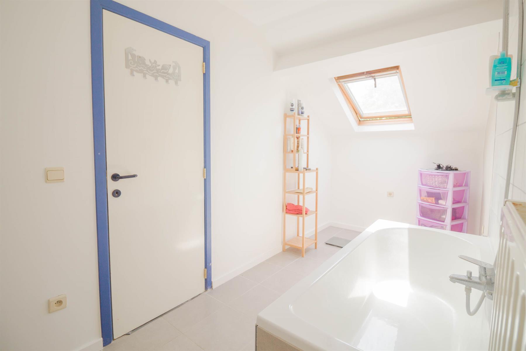 Maison - Mont-sur-Marchienne - #4035705-17
