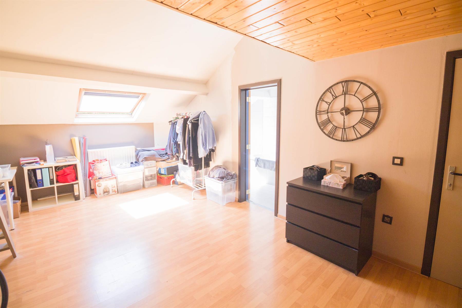 Maison - Mont-sur-Marchienne - #4035705-15