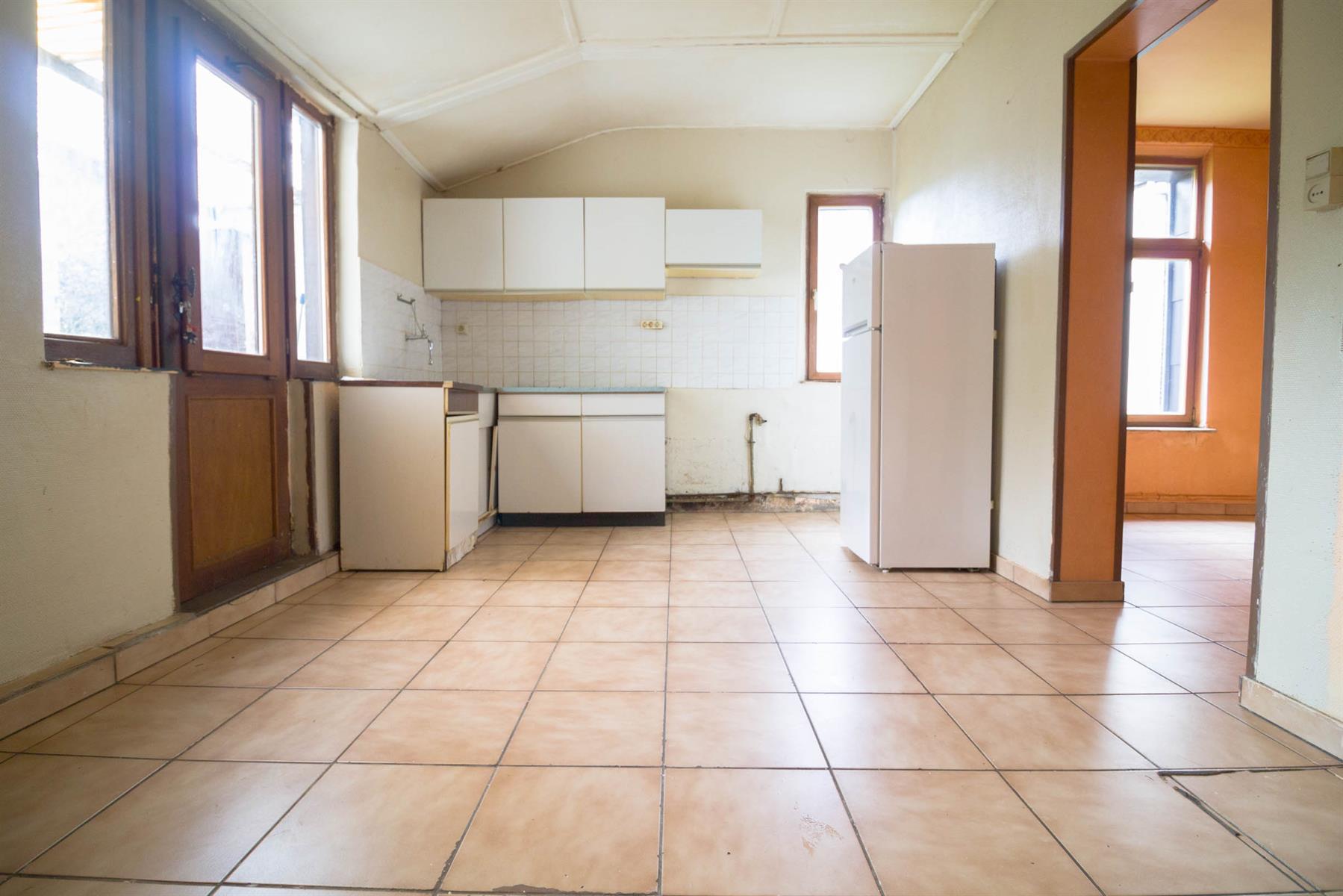 Maison - Mont-sur-Marchienne - #4095965-8
