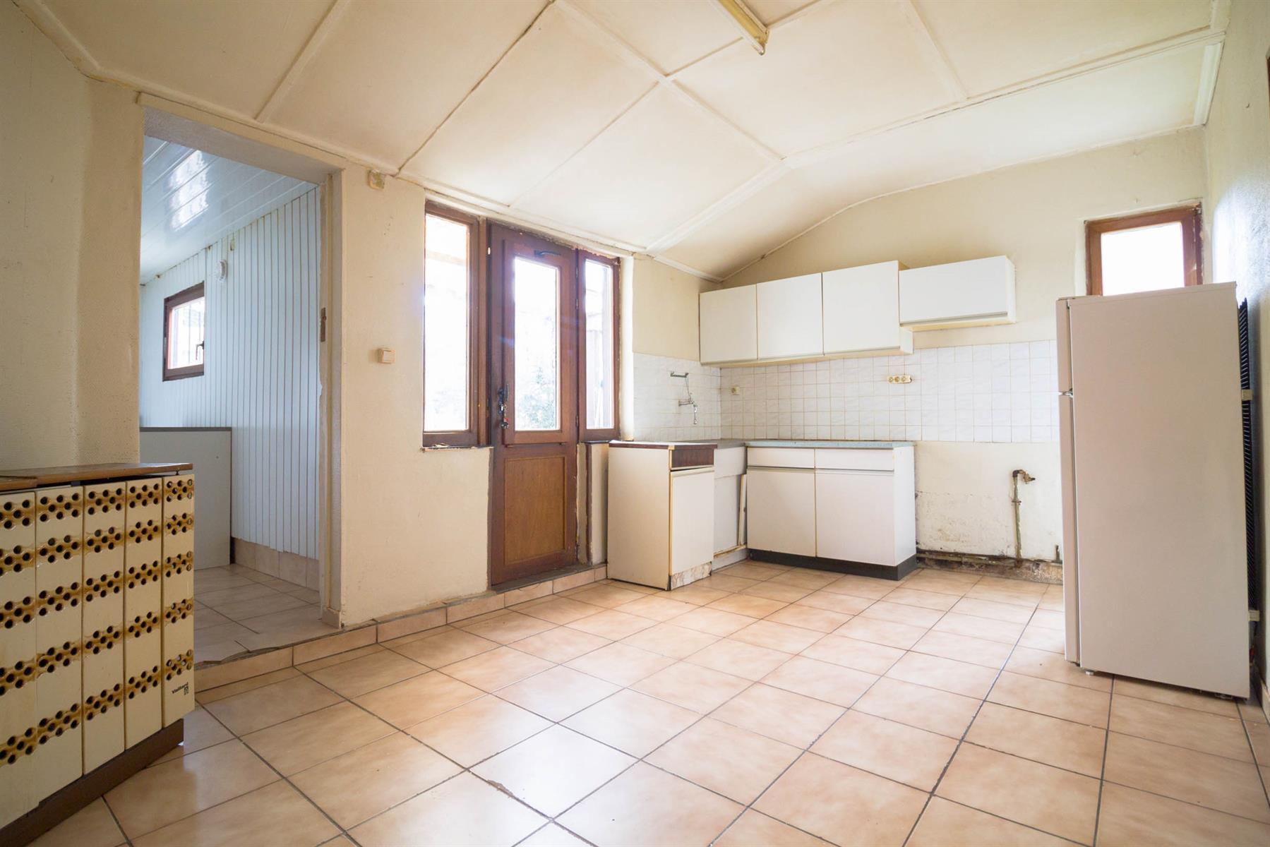 Maison - Mont-sur-Marchienne - #4095965-7