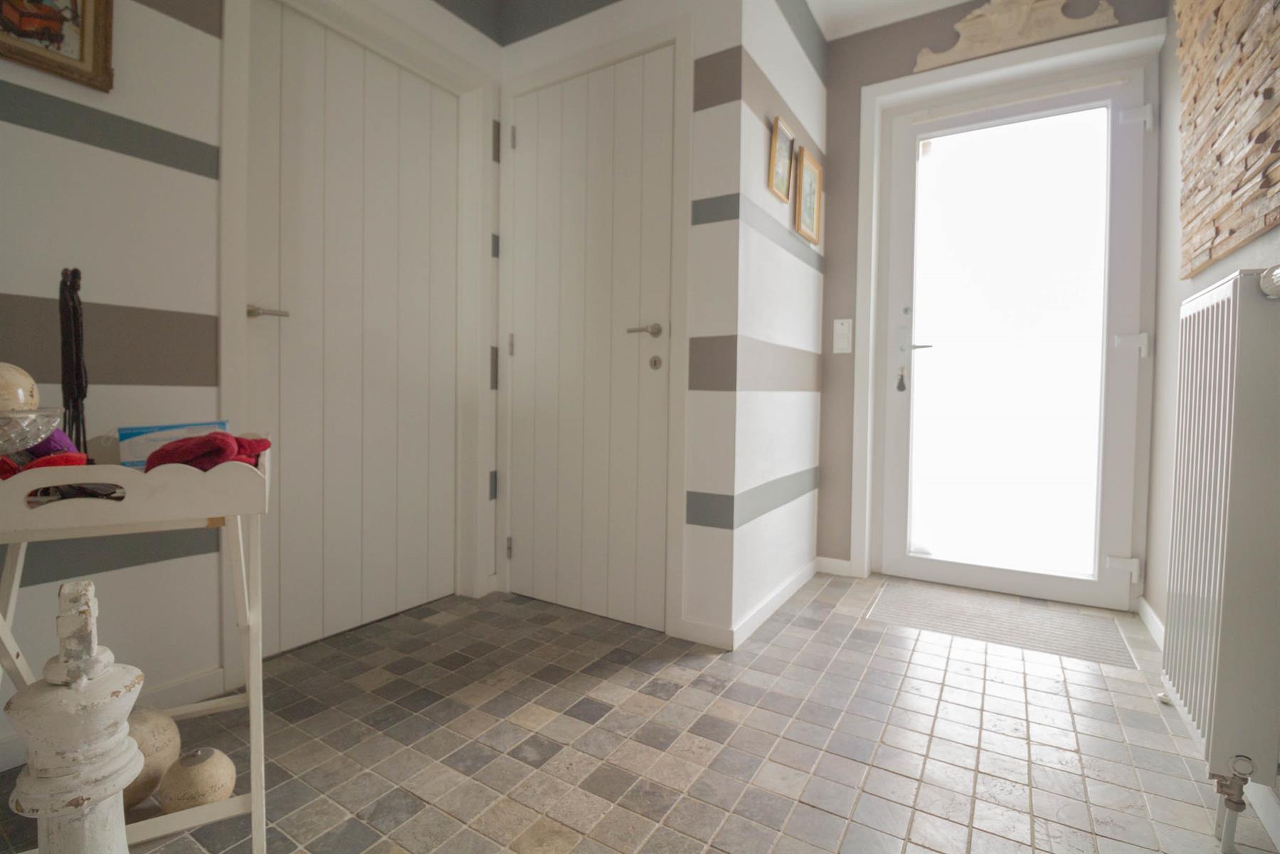 Maison - Mont-Sainte-Aldegonde - #4098322-1