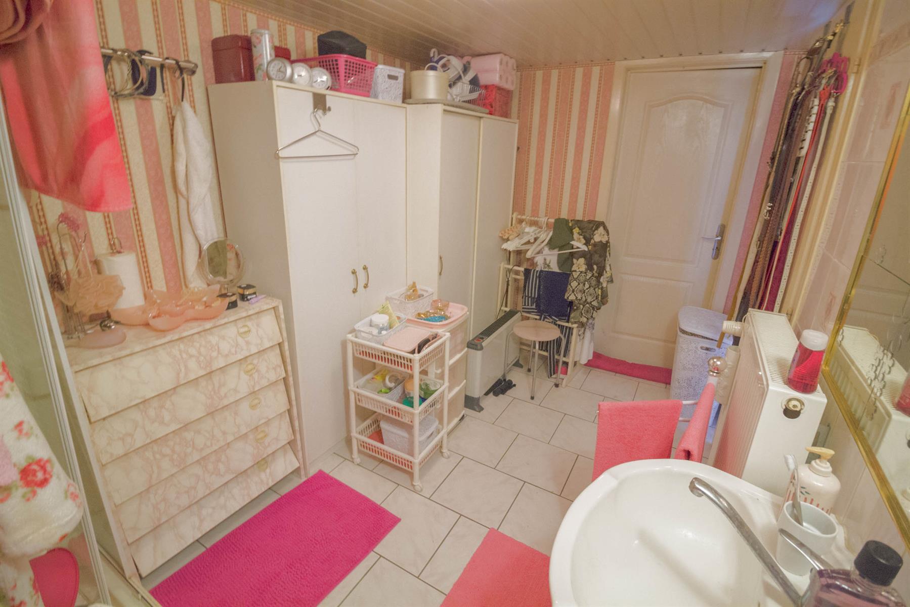 Villa - Mons - #4104222-23