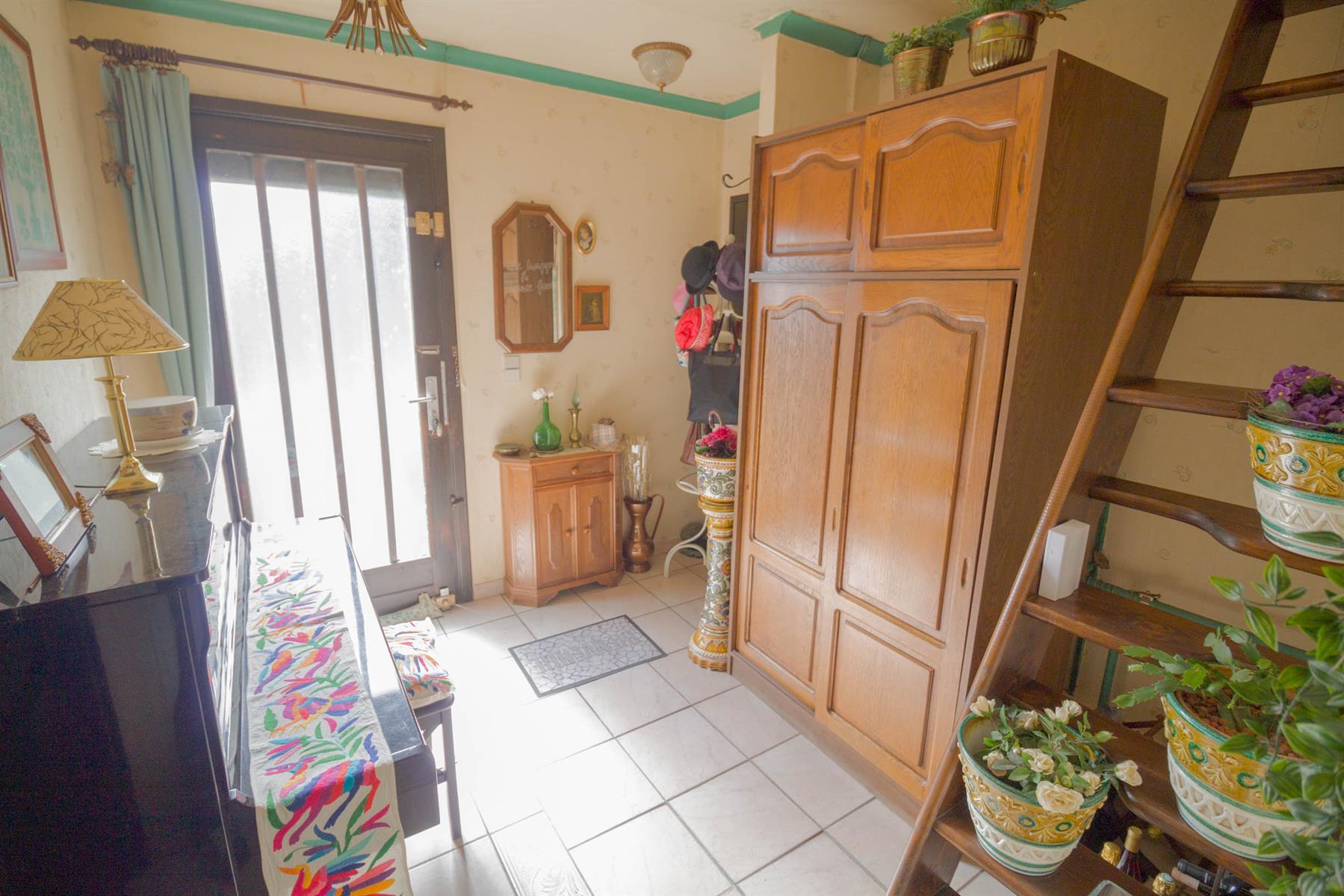 Villa - Mons - #4104222-4