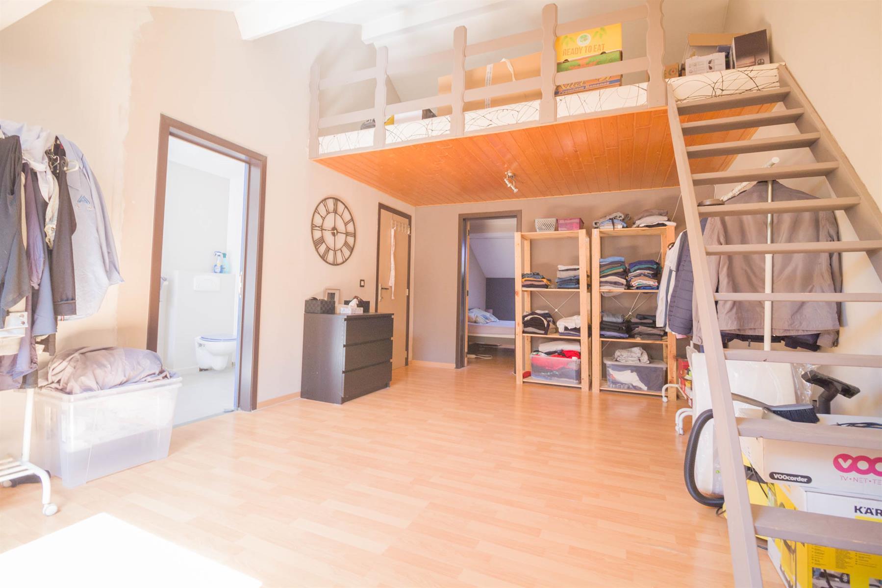Bel-étage - Mont-sur-Marchienne - #4116365-18