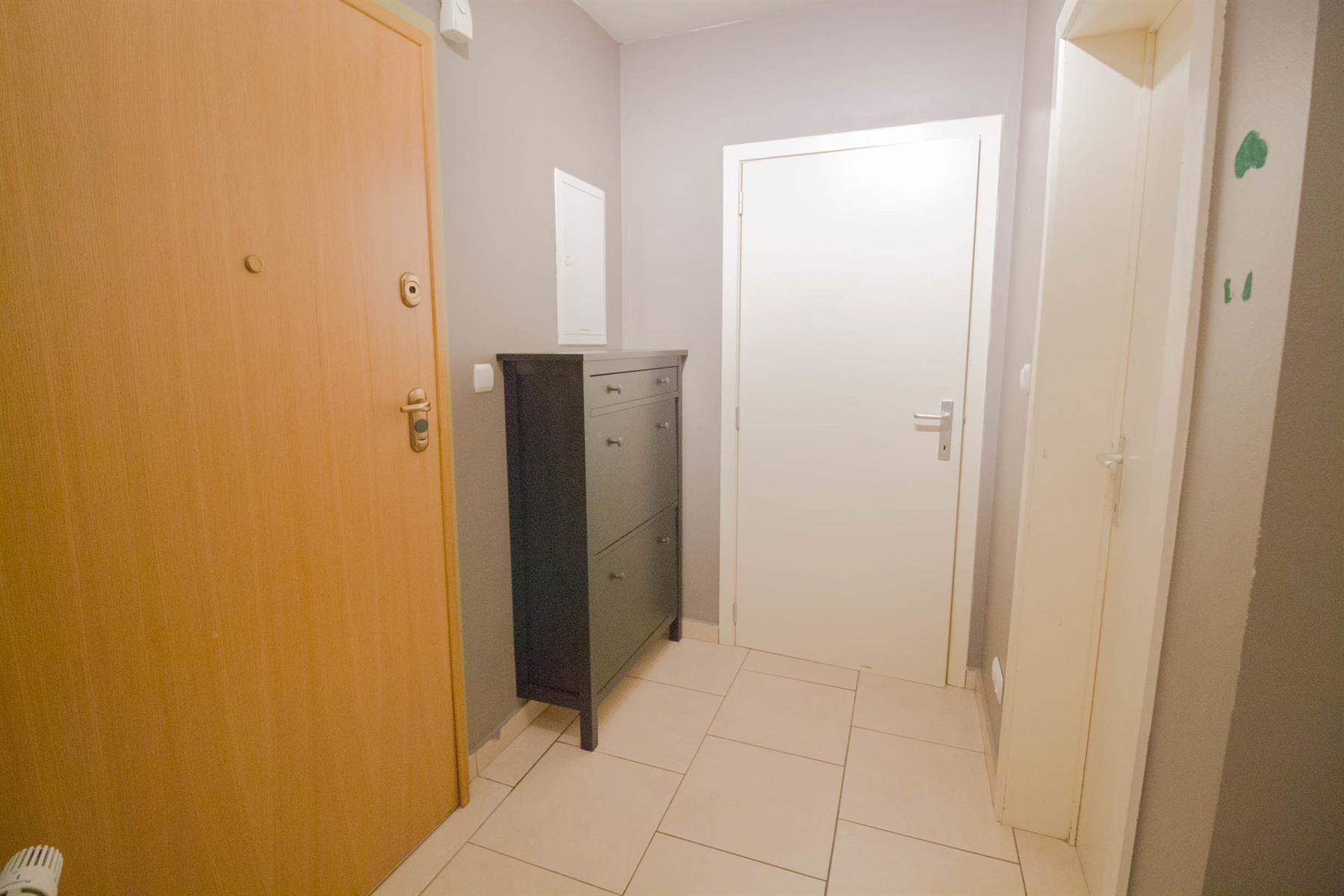 Appartement - Charleroi - #4149545-1