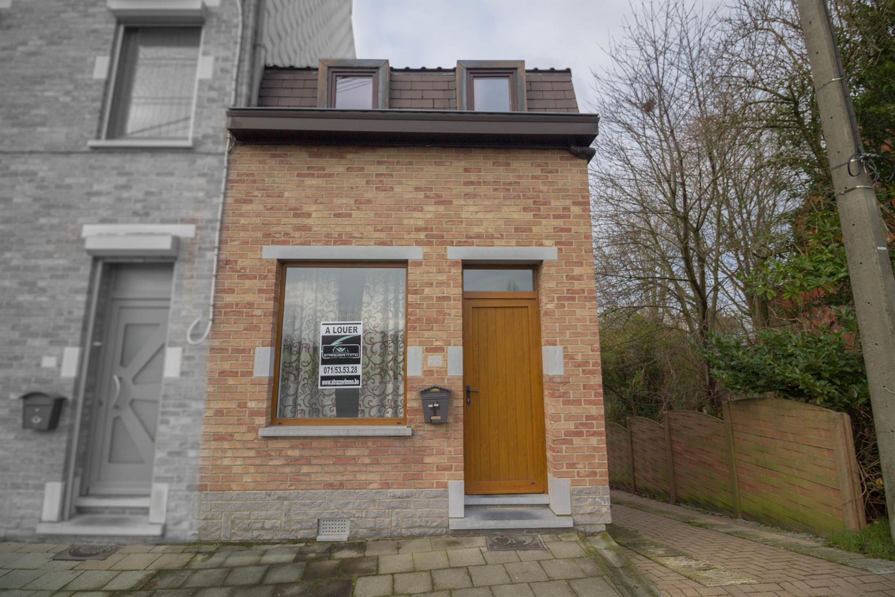 Maison - Roux - #4246141-0