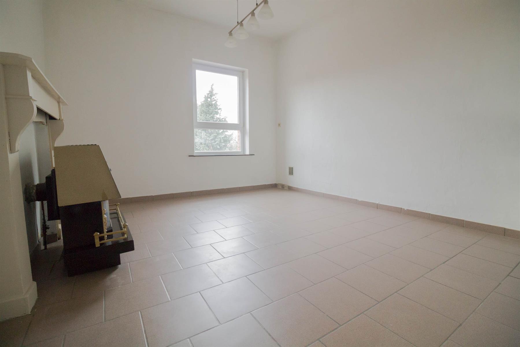 Maison - Roux - #4246141-4