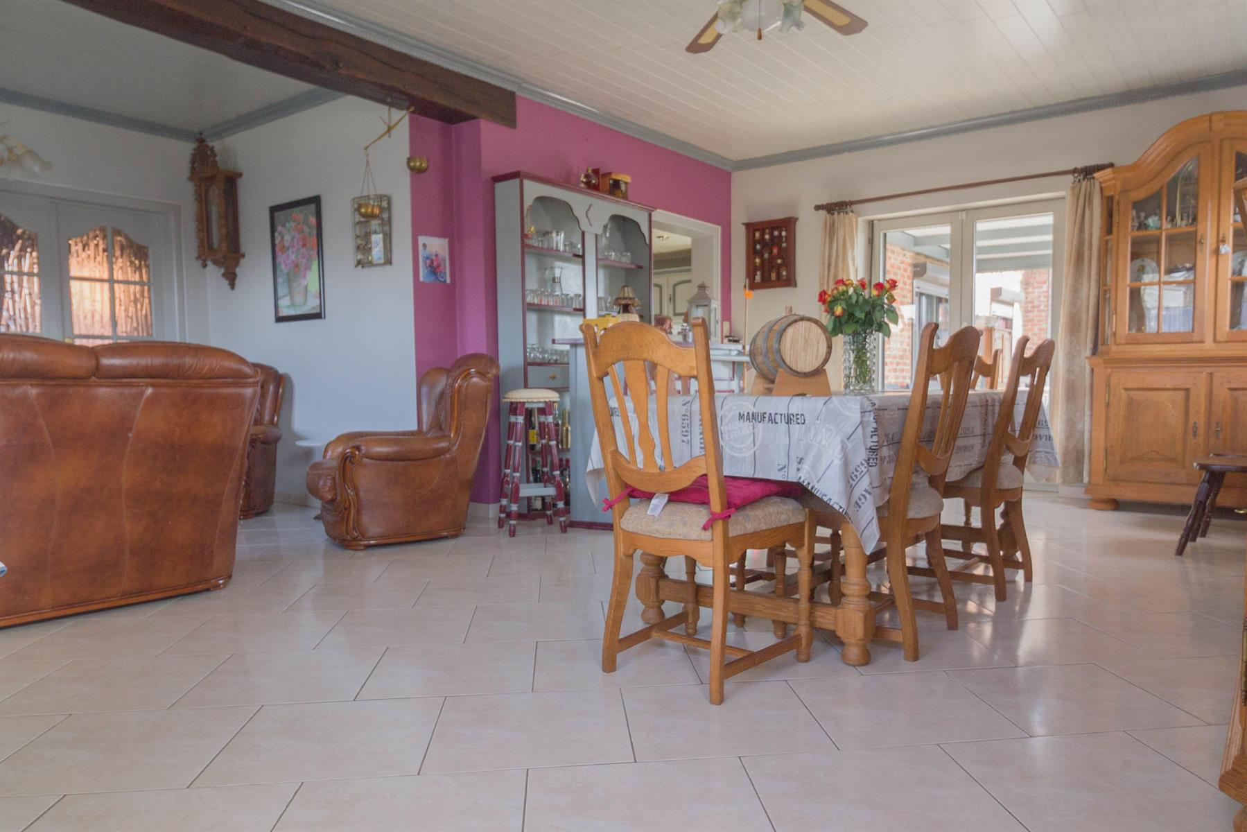 Villa - Courcelles - #4281704-9