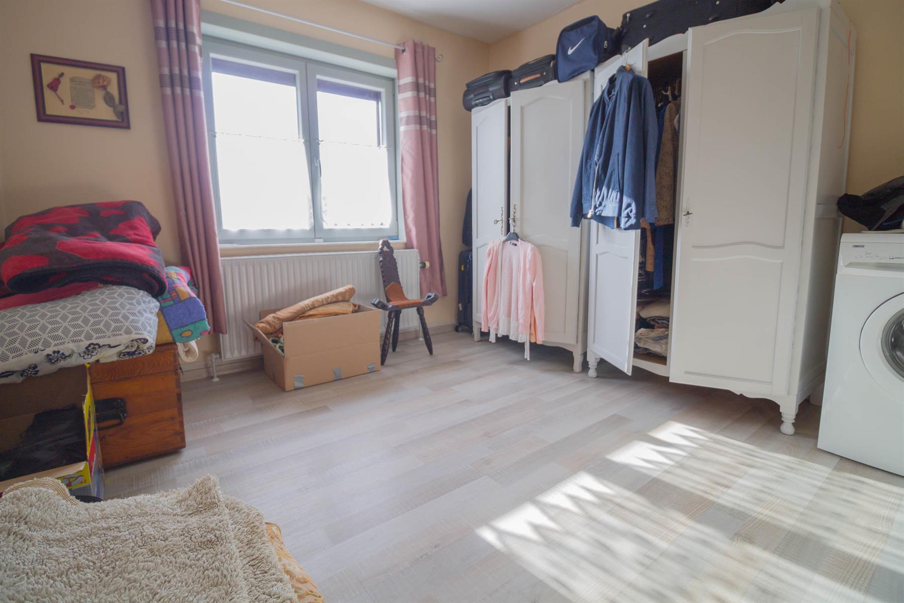 Villa - Courcelles - #4281704-17
