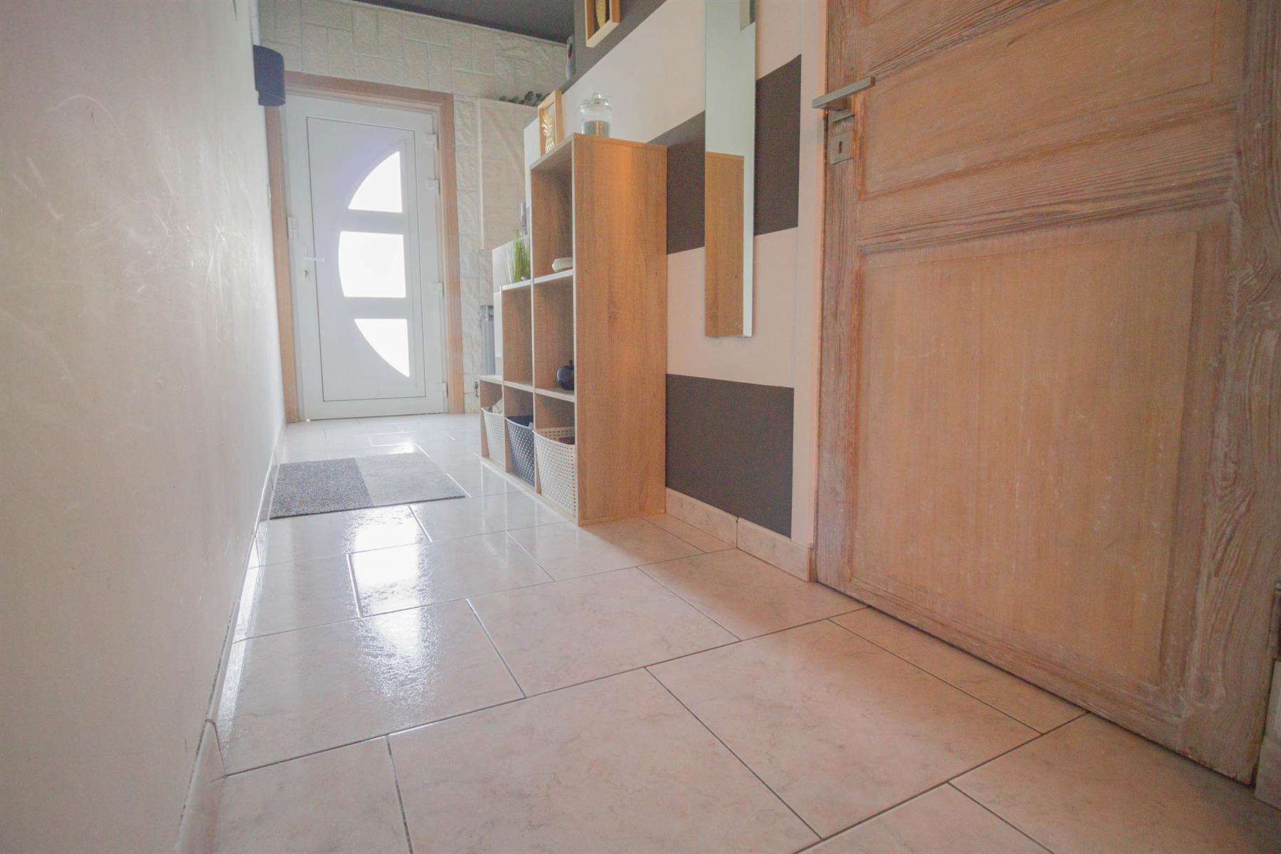 Maison - Forchies-la-Marche - #4381660-2