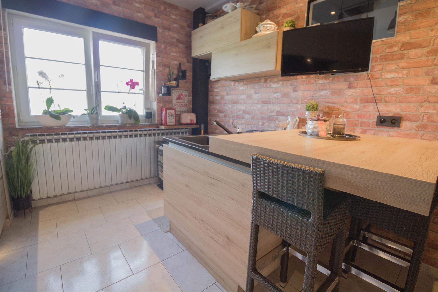 Maison - Forchies-la-Marche - #4381660-9
