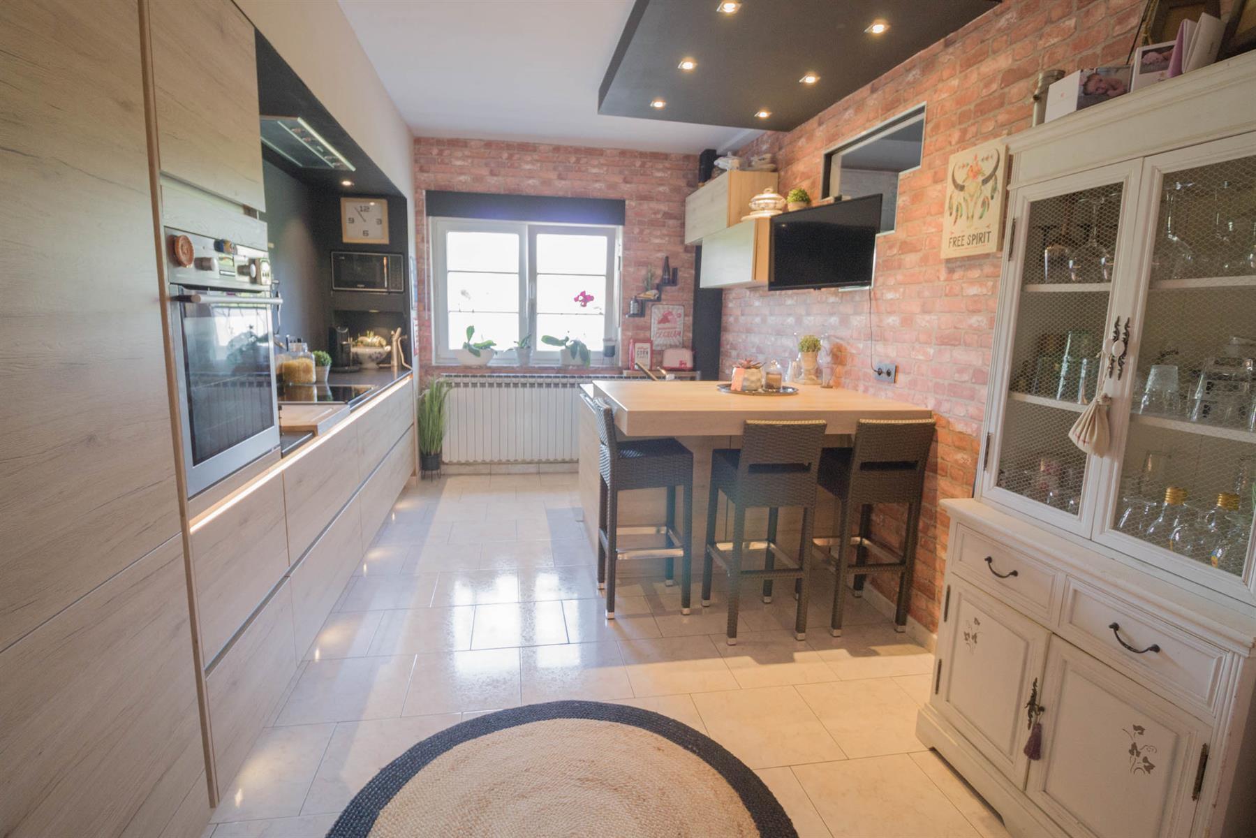 Maison - Forchies-la-Marche - #4381660-8