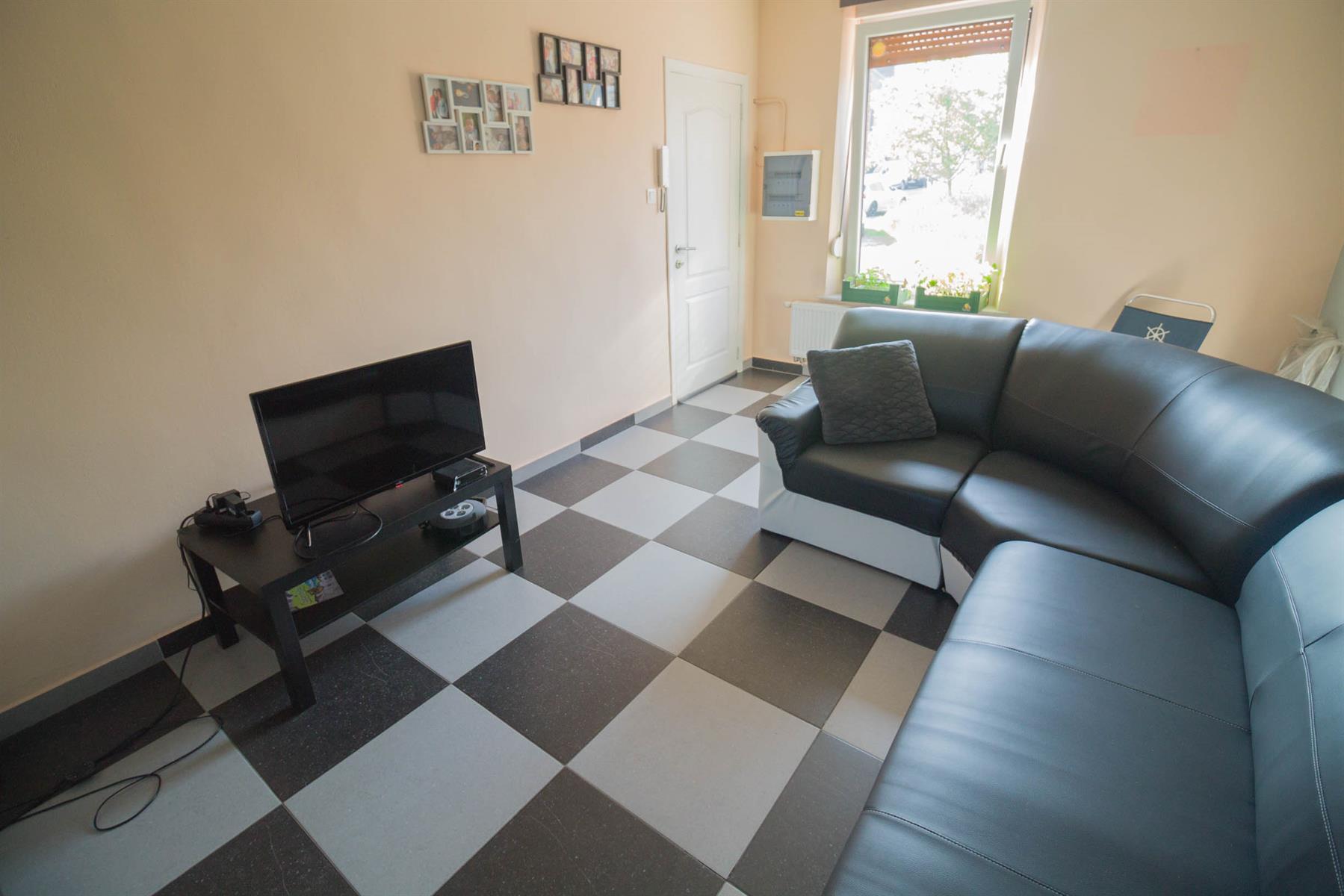 Immeuble à appartements - Forchies-la-Marche - #4397246-4